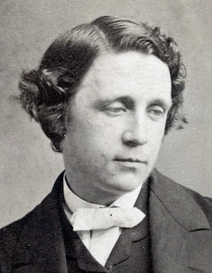 צ'ארלס לוטווידג' דודג'סון השתמש בשם העט 'לואיס קרול' | כותב טוב